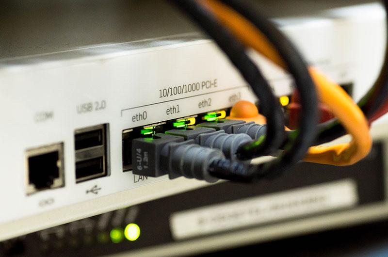 IT Serverbetreuung Netzwerkbetreuung